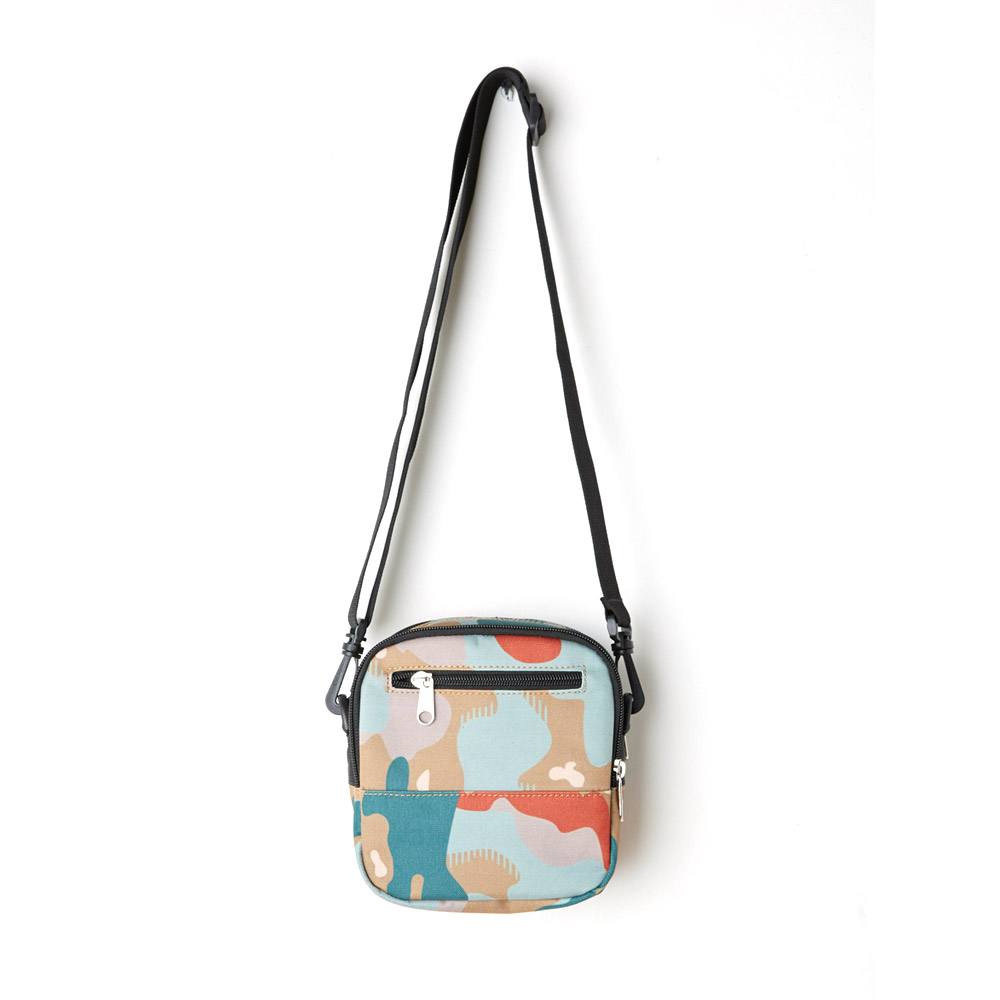 Obey-Drop-Out-Traveler-Bag-Drip-Camo